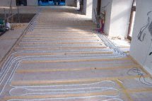 suspended timber underfloor heating pipes