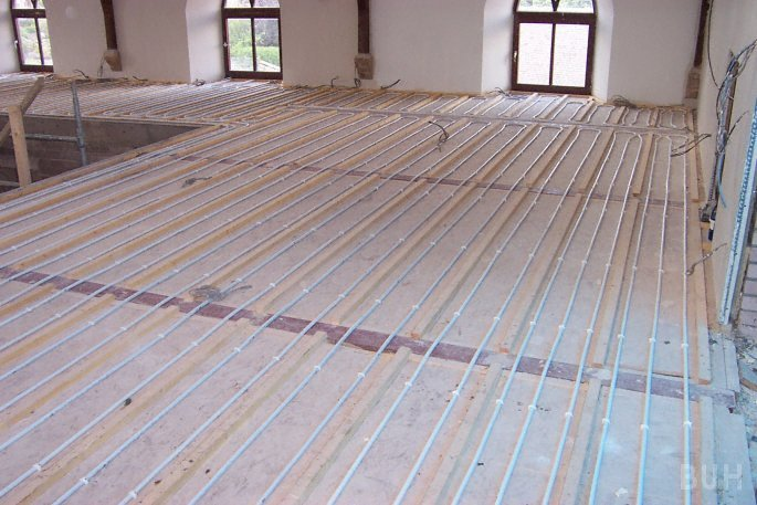 photo of underfloor heating in upper floor