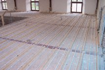 suspended timber underfloor heating pipes 3
